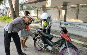 Satlantas Polres Kobar Tindak Pengendara Gunakan Knalpot Brong