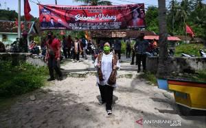 Ketua DPR Peroleh Gelar Adat Ratu Mustika Kartadilaga