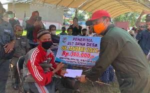 Bupati Seruyan Launching Penyaluran BLT DD di Desa Persil Raya