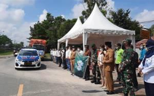 VIDEO: Keluarga Besar H Abdul Rasyid dan Hj Nuriyah Salurkan Beras Zakat ke 9 Kabupaten/Kota di Kalteng