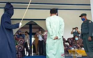 Pelaku Pelecehan Seksual di Nagan Raya Aceh Dihukum Cambuk