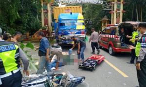 Truk dan Motor Scoopy Terlibat Kecelakaan, 1 Tewas