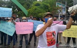 Jurnalis Aksi Bersama Tolak Arogansi Tim Pengamanan Wali Kota Medan