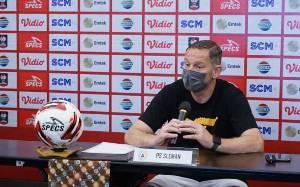 Irfan Bachdim - Gufron Masih Absen Bela PSS Sleman Lawan Persib Bandung