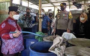 Pemkab Kotim Bersama Tim Gabungan Bongkar Pabrik Arak