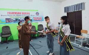 Pelepasan Siswa Kelas XII SMAN 5 Palangka Raya Dilakukan Secara Daring