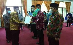 Kakanwil Kemenag Kalteng Menunjuk Penjabat Baru Untuk Menganti Penjabat Purna Tugas