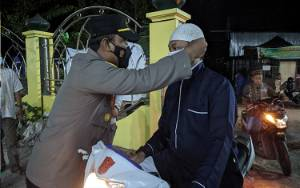 Bupati Kotim Tertibkan Jemaah Masjid Tidak Pakai Masker dan Protokol Kesehatan