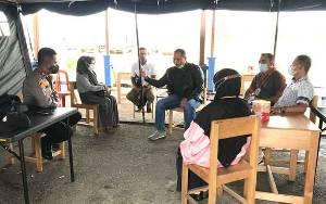 Komisi IV DPRD Kapuas Monitoring ke Pos Penyekatan Arus Mudik Perbatasan Kalteng - Kalsel