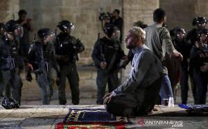 Saudi - UAE Kutuk Israel Atas Bentrokan di Masjid Al-Aqsa