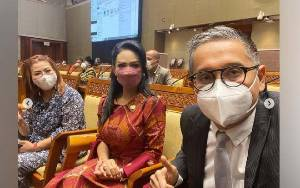 Najwa Shihab Sindir Anggota DPR Bolos Rapat, Krisdayanti Minta Geser Foto