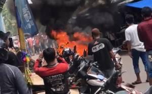 Motor Terbakar di Kompleks Pasar Blauran Sampit
