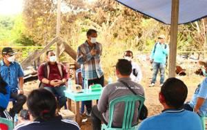 Bupati Murung Raya Salurkan Bantuan untuk Korban Kebakaran di Tumbang Tabulus