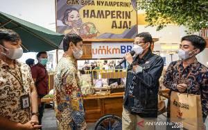 Menparekraf Ajak Masyarakat Belanja Produk Lokal untuk lebaran