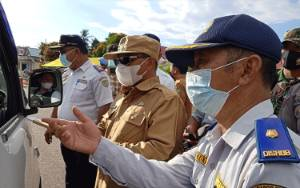 Wagub Kalteng Pantau Pos Penyekatan di Barito Timur