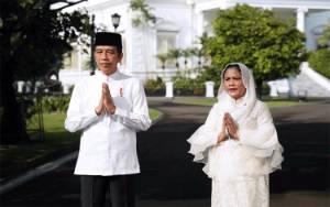Jokowi dan Ibu Negara Iriana Ucapkan Selamat Idul Fitri