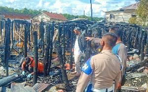 Polisi Olah TKP Kebakaran di Bereng Bengkel