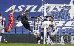 Alisson Cetak Gol, Bawa Liverpool Pangkas Jarak dari 4 Besar