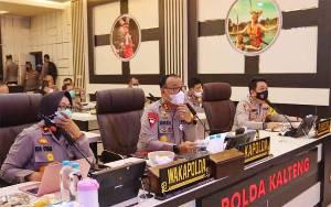 Kapolda Kalteng Pimpin Vicon Anev Perkembangan Covid-19 dan Karhutla