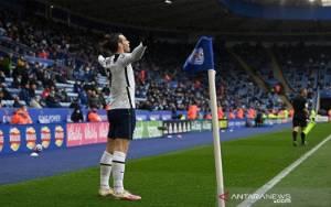 Tottenham Bantu Chelsea Tetap Finis di 4 Besar