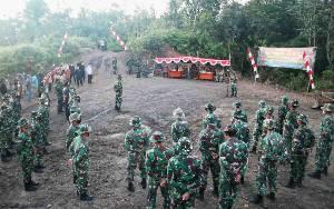Dandim Muara Teweh Buka Pra TMMD ke 111 di Desa Karamuan
