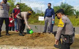 Personel Polsek Kapuas Kuala Patroli dan Cek Sarpras Penanggulangan Karhutla