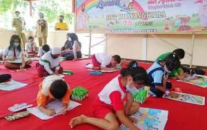 Polres Barito Timur Ajak Anak Tidak Takut Polisi Melalui Lomba Menggambar HUT Bhayangkara