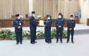 Pemkab Barito Utara Sampaikan Jawaban atas Pemandangan Umum Fraksi DPRD