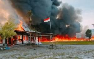 Usai Putusan MK soal Pilkada, Massa Bakar Fasilitas Pemerintah di Yalimo Papua