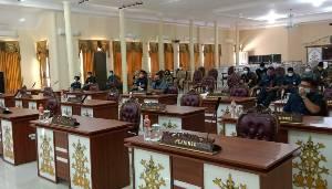 Hanya Dihadiri 6 Anggota, Sidang Paripurna DPRD Lamandau Ditunda