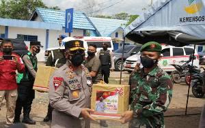 Kapolda Kalteng Beri Semangat Petugas Jaga Pos Penyekatan Perbatasan di Kapuas