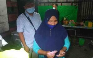 Pantau Pengetatan PPKM Mikro, Bupati Lamandau Borong Jualan Pedagang