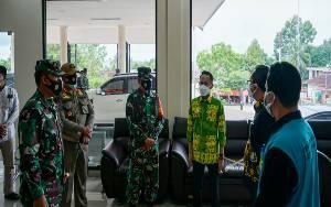 Wali Kota dan Jajaran TNI Cek Kemampuan RS Antisipasi Kenaikan Covid-19