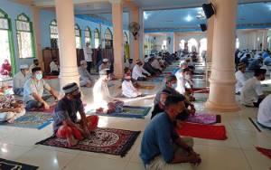 Masjid Agung Ar-Rahman Tamiang Layang Salat Idul Adha dengan Protokol Kesehatan Ketat