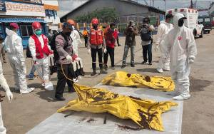 SAR Pontianak Temukan 21 Nelayan Meninggal Akibat Kapal Tenggelam