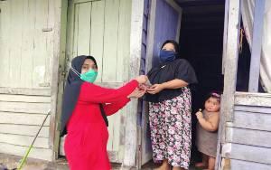 RS Bhayangkara Salurkan Daging Kurban Door To Door