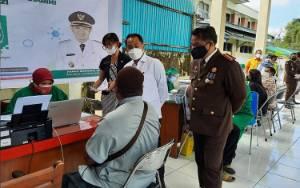 Wali Kota Apresiasi Vaksinasi HUT Adhyaksa ke 61 Kejari Palangka Raya