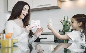 Psikolog: Pentingnya Orang Tua Ajak Anak Kelola Emosi