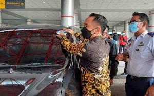 Wali Kota Palangka Raya Resmikan Armada Taksi Bandara