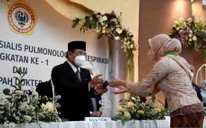 Universitas Lambung Mangkurat Pertama Kali Luluskan Dokter Spesialis