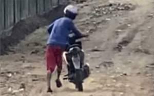 Tepergok Korbannya Saat Beronani, Motor Lelaki tak Dikenal Mogok Saat Berupaya Kabur