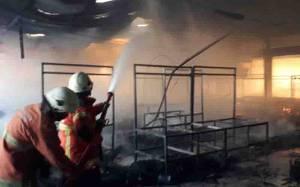 Pasar Kembang di Surabaya Terbakar