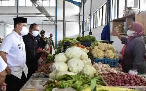 Bupati Lamandau Sarankan ASN Belanja di Pasar Induk Nanga Bulik