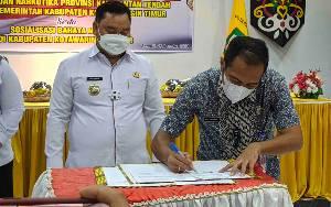 Pemkab Kotim Tandatangani Nota Kesepahaman dan Perjanjian Kerjasama dengan BNNP Kalteng
