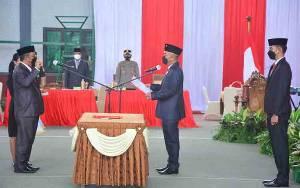 Ketua DPRD Seruyan Lantik PAW Anggota Dewan