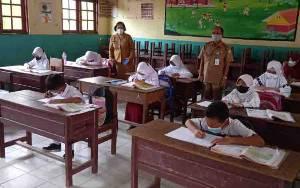 Dinas Pendidikan Kotim Pastikan Pembelajaran Tatap Muka Terbatas Taat Protokol Kesehatan