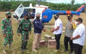 2 Kecamatan di Katingan di Kepung Banjir, Polda Kalteng Salurkan Bantuan Lewat Jalur Udara