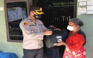 Polres Kapuas Rutin Bagikan Paket Sembako untuk Bantu Warga