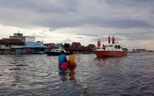 Ramai Aktivitas Bekanjur di Sungai Arut, Tim Gabungan Imbau Warga Gunakan Alat Keselamatan