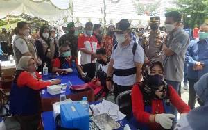 Gubernur Kalteng Tinjau Vaksinasi Pelajar di Murung Raya dan Barito Utara